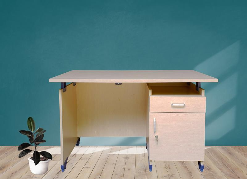 Những mẫu bàn làm việc đẹp không thể bỏ qua tại Phát Phát