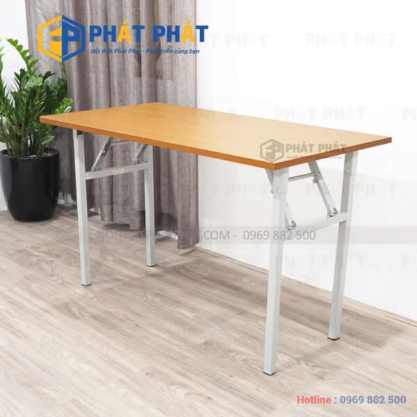 Những ưu điểm của bàn làm việc chân sắt mặt gỗ